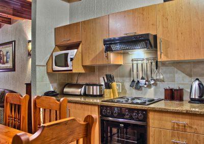 225B Kitchen 2
